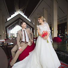 Wedding photographer Elena Shvayko (magicphotoby). Photo of 21.11.2016