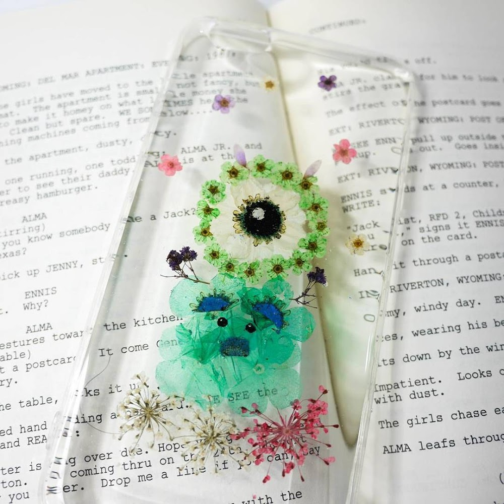 [訂製/custom-made] Tsum Tsum Pressed Flower Phone Case