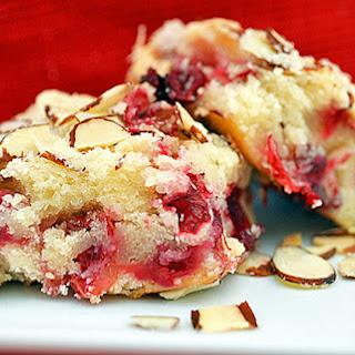 Cranberry Almond Streusel Christmas Cake {Vegan}.