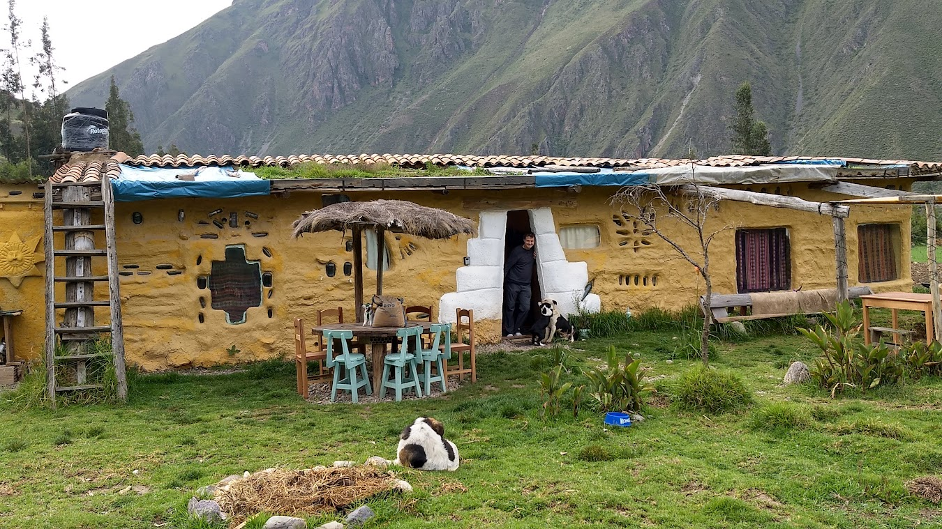 Tantakuy off the grid eco-hostel