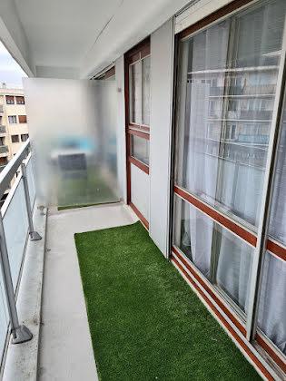 Location studio 27,81 m2