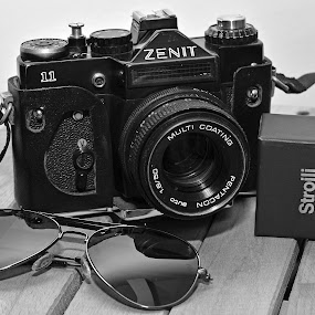 Vintage by Mihai Bratu - Black & White Objects & Still Life ( old, black and white, vintage, camera, sunglasses )