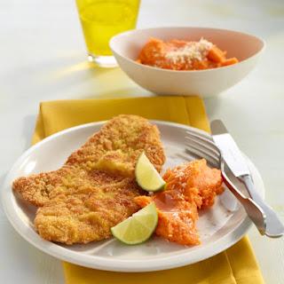 Gebackenes Sesam-Schnitzerl mit zweierlei Kartoffelsalat