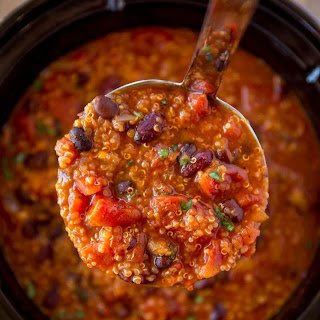 Slow Cooker Vegetarian Quinoa Chili Recipe
