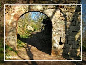 Photo: Entrée principale (Ouest)