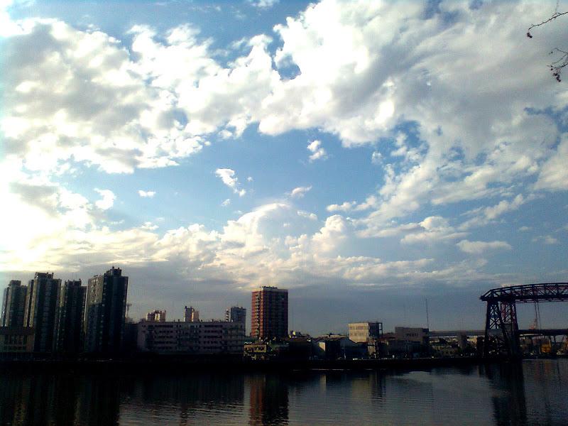 Photo: Contexto de la nube pileus.