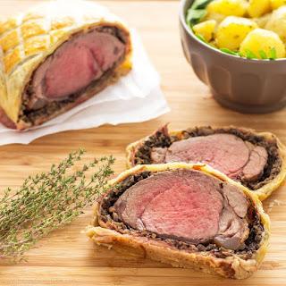 Easy Beef Wellington with Mushroom & Jamón.