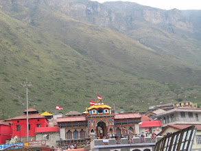 Photo: Badrinath temple at the foot of Narayana mountain. Photo taken from Nara Mountain
