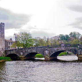 Athy Poet's Bridge by Ioan G Hiliuta - Landscapes Waterscapes ( ireland, castle, athy, bridge, river )