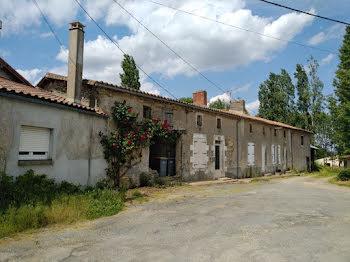 maison à Saint-Georges-de-Noisné (79)
