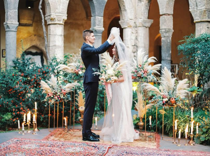 Wedding photographer Павел Лутов (Lutov). Photo of 06.02.2017