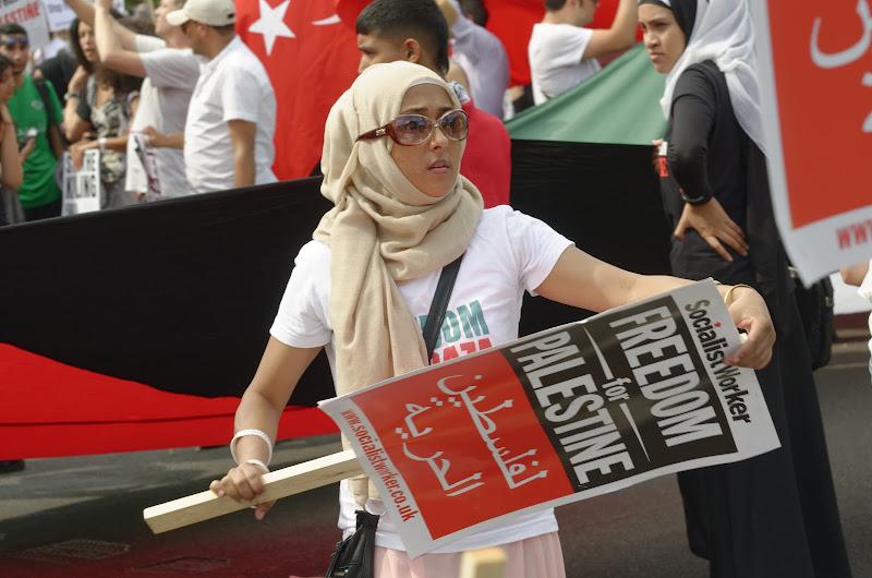 Libertà di protestare! di Yasis