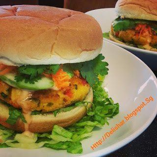 Baked Crab Cake Burger with Singapore Chilli Crab Mayo Dressing.