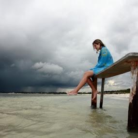 Tempestade by Felipe Mairowski - People Portraits of Women ( woman, lake )