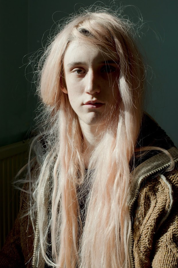 Laure Ledoux, Les yeux sombres, Edouard