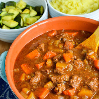 Syn Free Beef and Vegetable Casserole (Oven, Slow Cooker, Instant Pot) Recipe