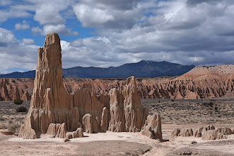 Photo: It is easy to decide which formation gives Cathedral Gorge its name.