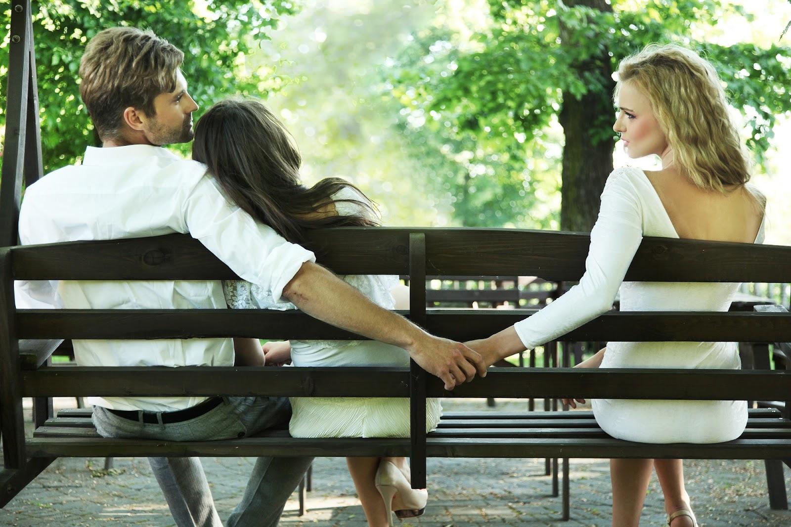 Bị người yêu phản bội nên làm gì?