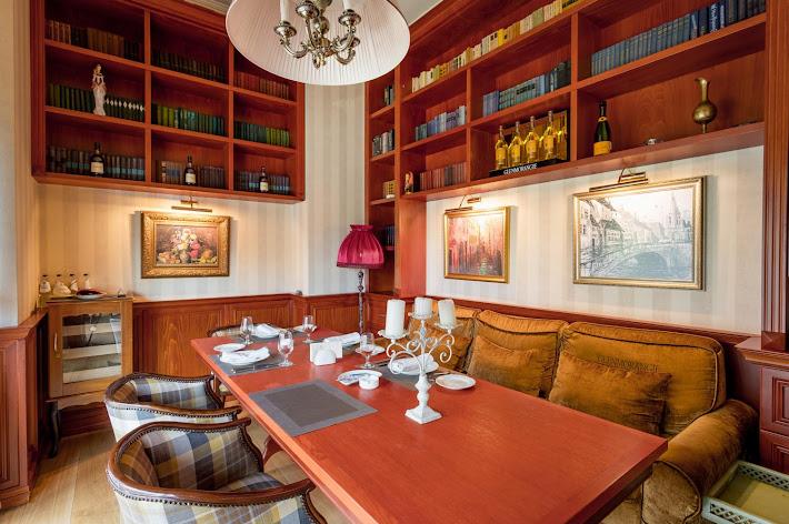 Фото №5 зала VIP-зал «Библиотека»