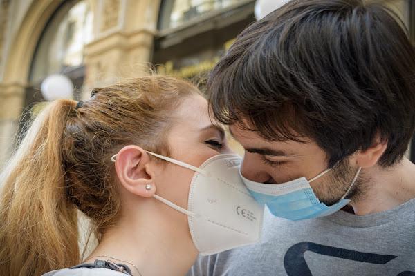 Il bacio filtrato di Concetta Caracciolo