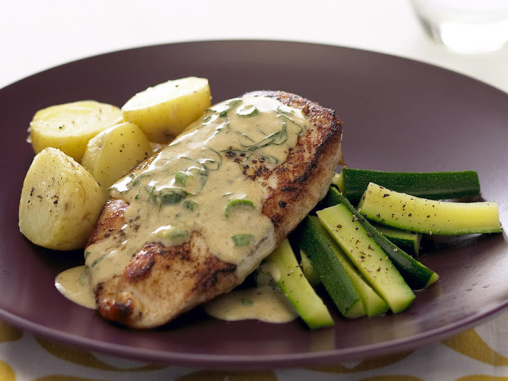 Chicken Breast with Basil Wine Sauce