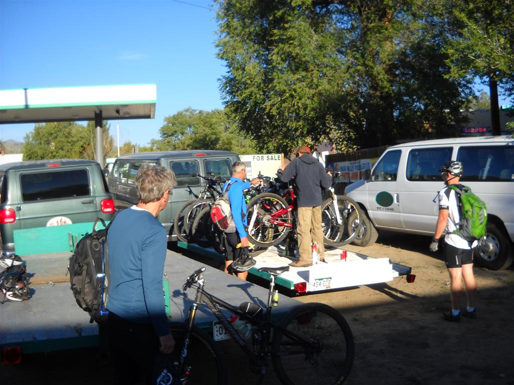 Photo: Loading bikes at High Valley Shuttle in Poncha Springs