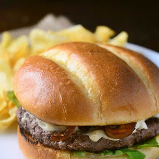Whiskey Mushroom and Dubliner Cheese Burger