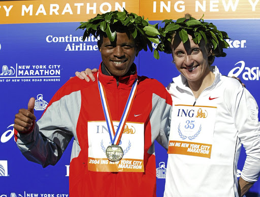 Hendrik Ramaala and Paula Radcliffe of Great Britain after the New York City Marathon.