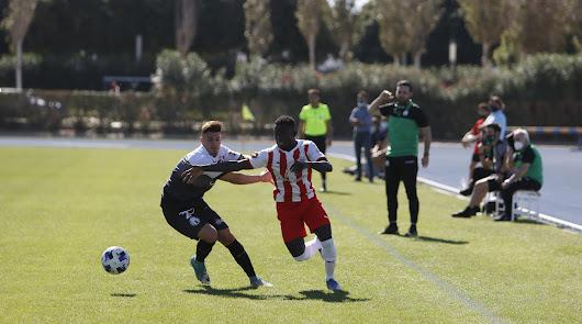 Jean Marco en una acción de la primera mitad.