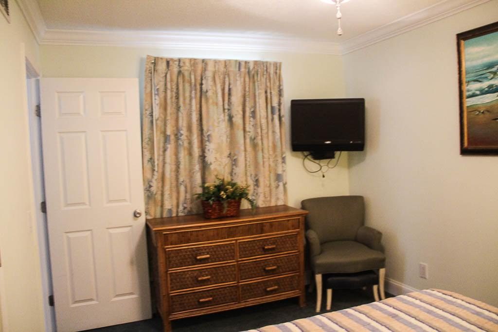 Two Bedroom Picture Number 7