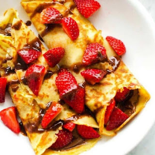 Gluten Free Crepes with Chocolate Hazelnut Sauce Recipe