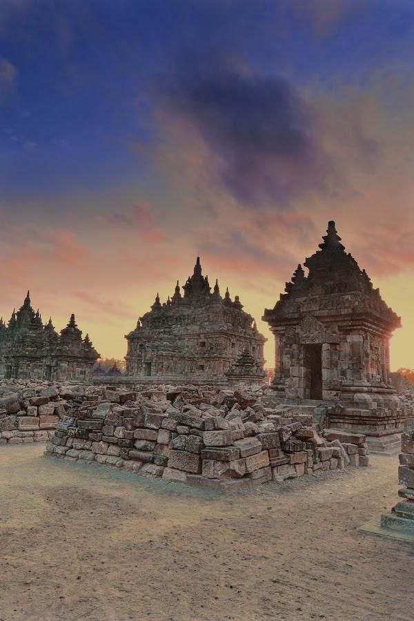 Plaosan temple by Hery Sulistianto - Buildings & Architecture Public & Historical