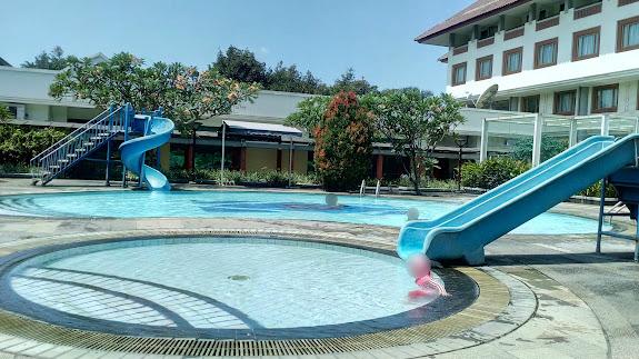 Kolam anak dan balita di Hotel Bumi Wiyata