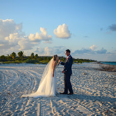 Wedding photographer Orlando Paredes (OrlandoParedes). Photo of 21.07.2019