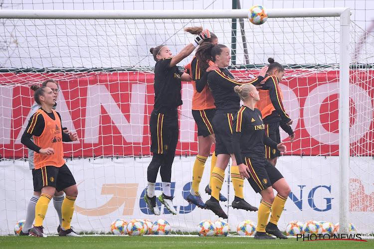 Open training voor de fans in aanloop naar duel met Roemenië