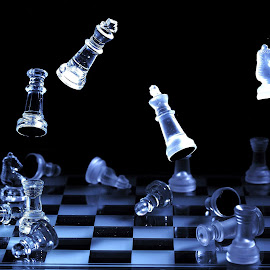 Chess by Vineet Johri - Artistic Objects Still Life ( vkumar, pwcstilllife-dq, chess, floating, reflections, bokeh,  )