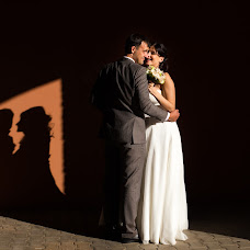 Wedding photographer Vika Tolmacheva (Viko). Photo of 30.03.2015