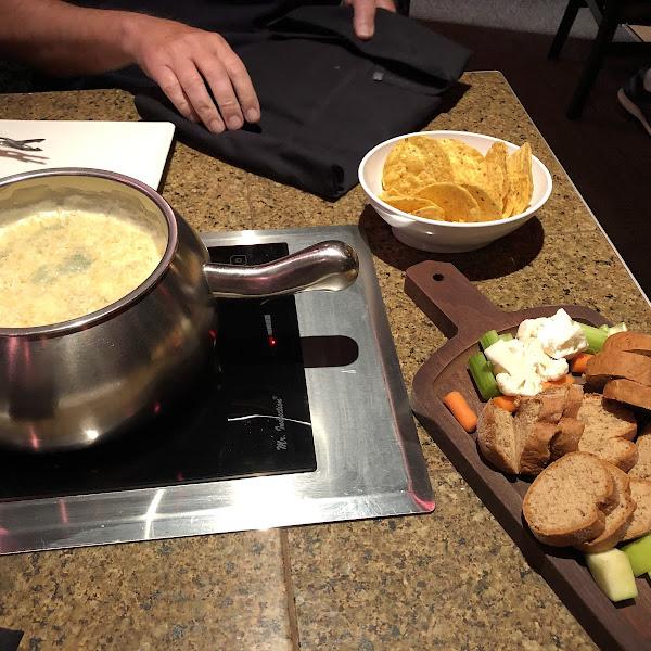 Spinach and Artichoke Cheese fondue