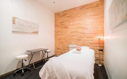 Massage californien Paris 11