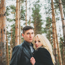 Wedding photographer Liana Sayfutdinova (LiSa1804). Photo of 19.12.2014