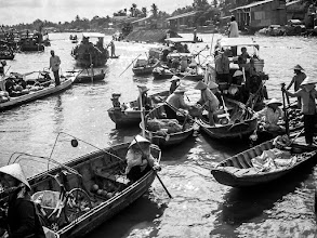 Photo: Morning traders on the Mekong Delta - Can Tho, Vietnam Adventures with a Budget Camera - 2006