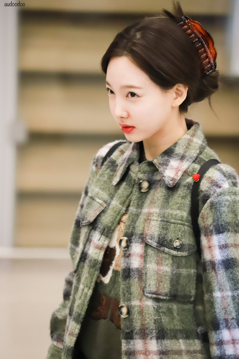 nayeon plaid 30