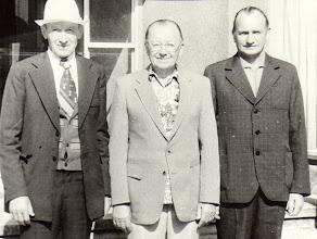 Photo: Iš kairės: Petras, Juozas, Jurgis Grigalauskai. Nuotrauka iš Genutės ir Irutės Grigalauskaičių asmeninių archyvų