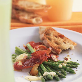 Asparagus with Crisp Prosciutto and Citrus Hollandaise