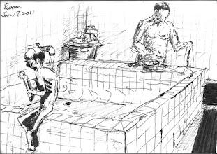 Photo: 病舍浴室2011.01.17鋼筆 病舍最瘦弱的和最高大的病患,在蒸氣氤氳的浴室裡一同洗澡,看到這一幕,我只能輕輕嘆息…