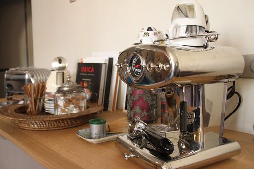 Machine à café Illy La Comédie Madeleine