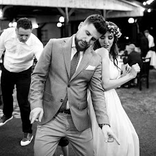 Wedding photographer Adrian Tirsogoiu (AdrianTirsogoiu). Photo of 08.09.2018