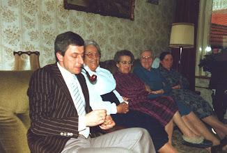 Photo: Ton t'jong, Cor, Adrie, Trien en Miep