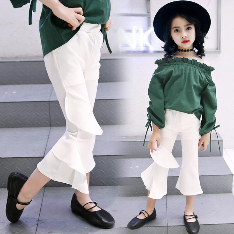 .Białe spodnie dla dziewczynki