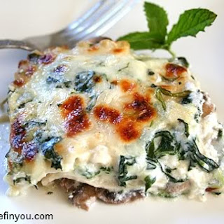 Spinach and Mushroom Lasagna with Ricotta Cheese